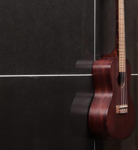 Andesiitti Musta 300x600, kiiltävä